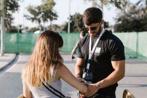 Controlador de acceso en festivales